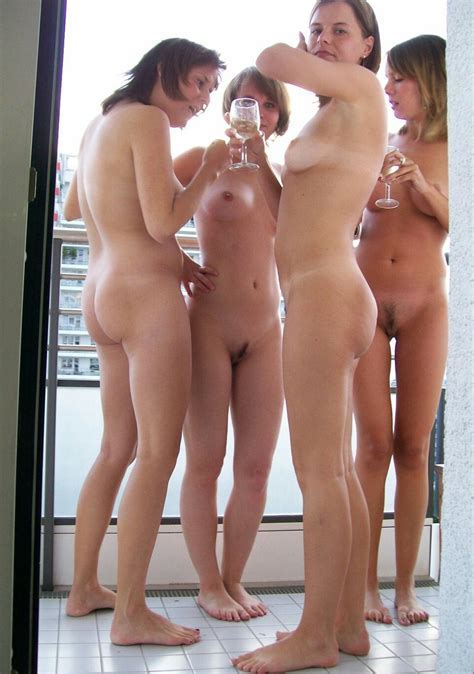 Showing Porn Images For Group Mixed Nude Porn Handy