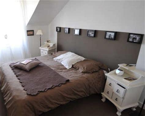 modele de chambre peinte tête de lit improvisée