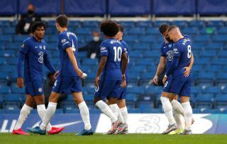 Chelsea cruise to routine victory over Watford and move ...