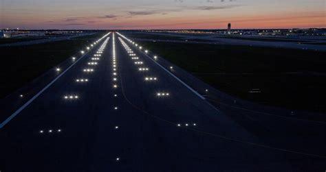 Runway 10R/28L Replacement Program   Jacobs