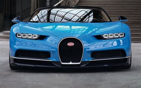 1,995 kg (4,398 lb) capacities passengers: Bugatti Chiron Weight - All The Best Cars