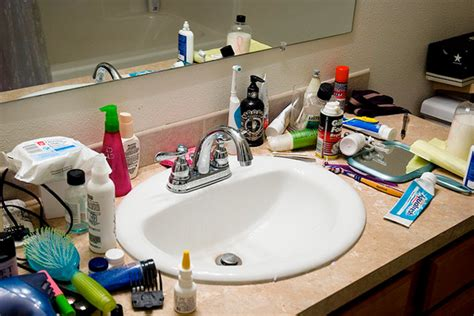 clutter  home cleaning  organizing houselogic