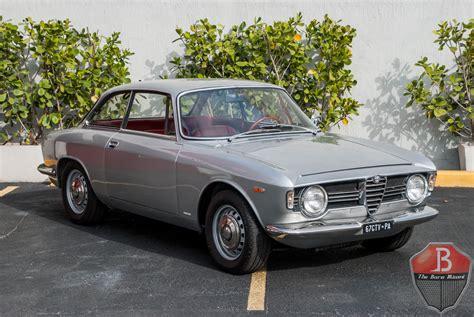 Alfa Romeo Sprint Veloce by 1967 Alfa Romeo Giulia Sprint Gt Veloce For Sale 79718 Mcg