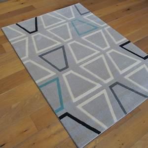 Tapis Bleu Et Gris : tapis canvas motifs g om triques gris bleu et beige 140x200cm solcolor ~ Dode.kayakingforconservation.com Idées de Décoration