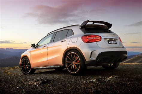 Harmon cardon sound , 20 inch black alloys , panoramic sunroof, black / red amg sports leather seating, push button start. Mercedes-Benz GLA45 AMG Review | CarAdvice