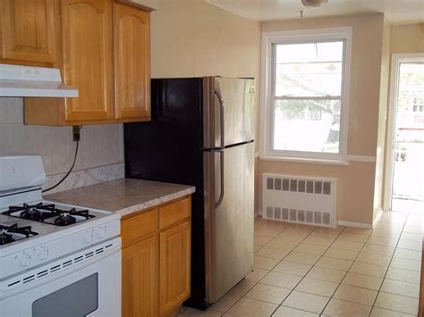 Apartments For Rent 2 Bedroom by 2 Bedroom Canarsie Apartment For Rent Crg3097