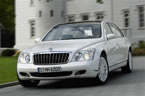 free online auto service manuals 2010 maybach 57 navigation system 2010 maybach landaulet overview cars com