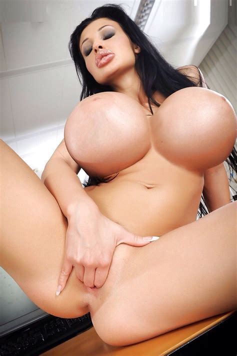 Nicki Valentina Rose Nude Huge Tits Photos The Fappening
