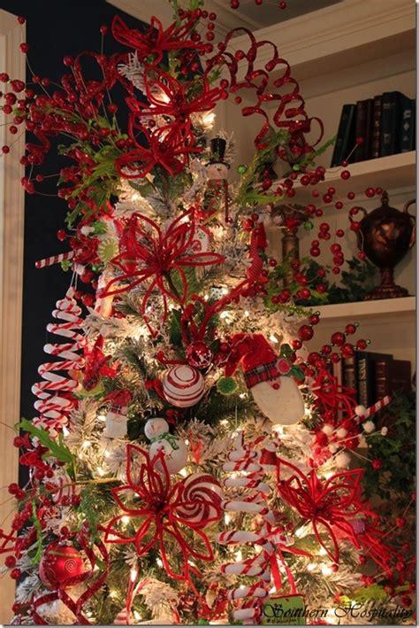 feature friday rubys big  festive foyer tree