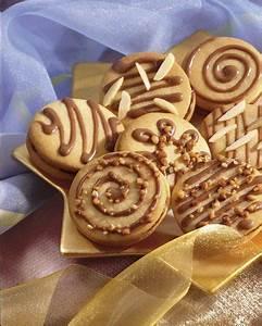 Dr Oetker Weihnachtsplätzchen : die besten 25 nuss nougat ideen auf pinterest nuss guetzli rezepte nuss guetzli rezepte ~ Eleganceandgraceweddings.com Haus und Dekorationen