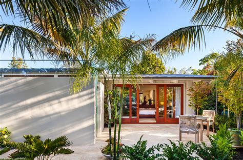renovated mid century modern ranch style bungalow