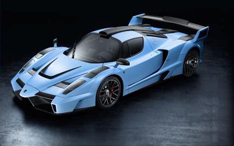 Griggio alloy with blue scura leather trim 9 stamps. Super, Exotic and Concept Cars - Ferrari - Gemballa