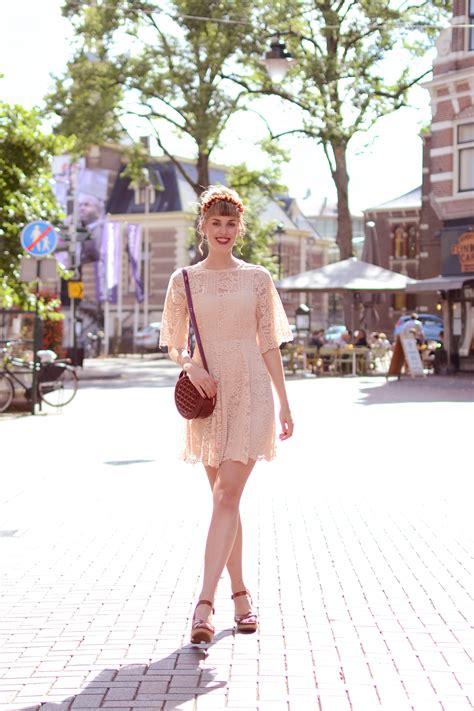 outfit lace asos dress timberland sandals retromantisch