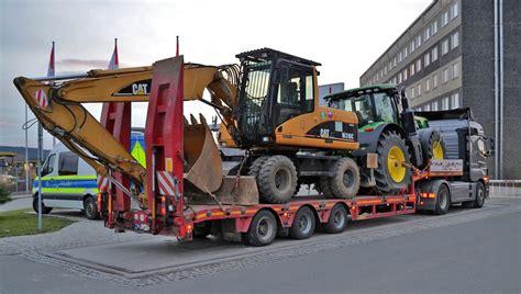 schwerlasttransport in gera mit 10 tonnen 220 berladung gestoppt th 252 ringen112 de das