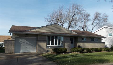 22 forest elk grove il single family home