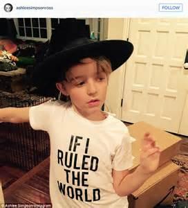 Evan Ross Flies Ashlee Simpson And Jagger To Las Vegas To