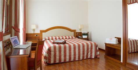 Camera Doppia Hotel Corona**** Domodossola