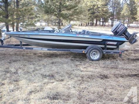Boat Gas Tanks Bass Pro by 1990 Stratos Bass Fishing Boat W Evinrude 150 Motor For