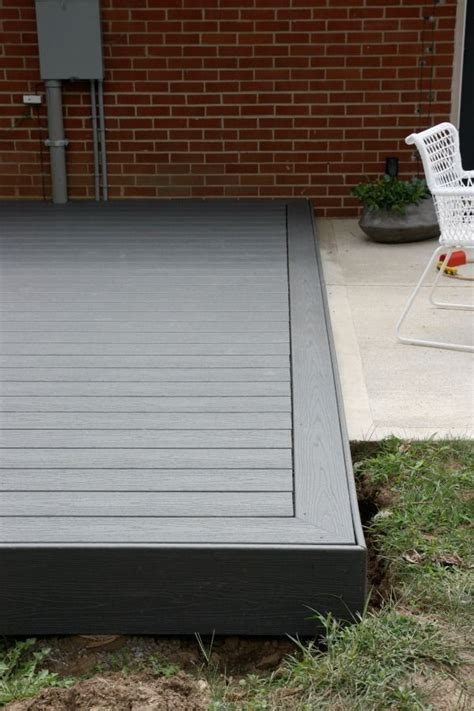 pin  damian kluske  decking patio design backyard