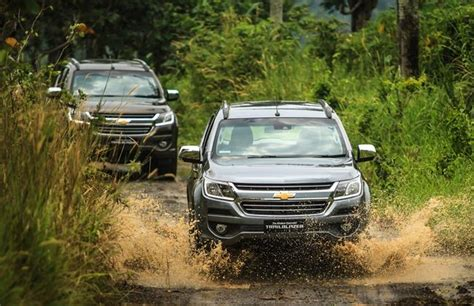 Gambar Mobil Chevrolet Trailblazer by Harga Chevrolet Trailblazer Spesifikasi Gambar Review