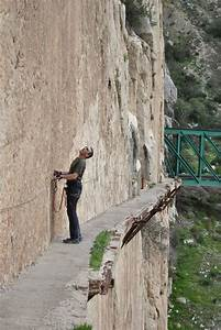 El Caminito del Rey is the World's Most Dangerous Walkway