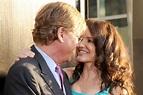 Kristin Davis, Aaron Sorkin kiss on red carpet, glow with ...