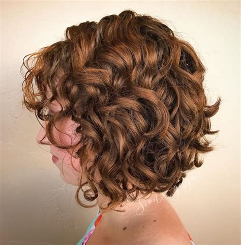 65 Different Versions of Curly Bob Hairstyle (With images