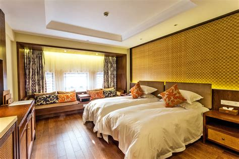 25 Luxury Hotel Rooms & Suites: Inspiration for Your Home