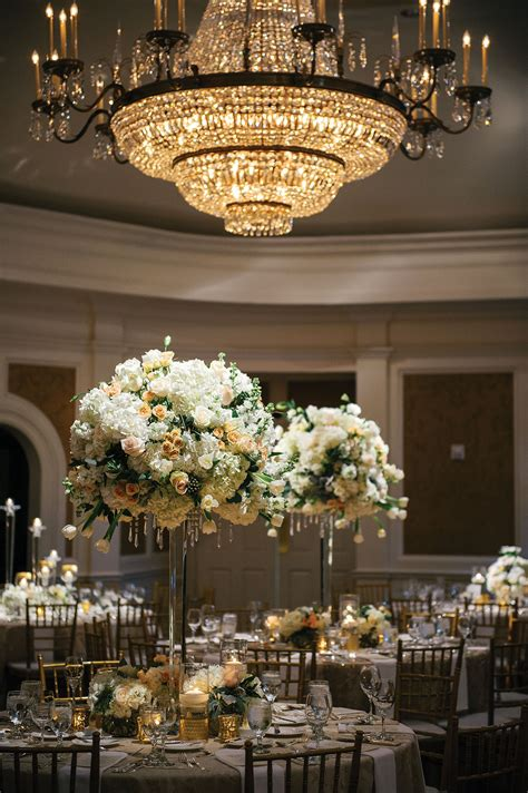 Inside Issue Decor by Inside Weddings Magazine Winter 2018 Issue Preview