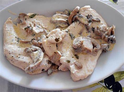 cuisine blanc de poulet blancs de poulet aux chignons un vrai régal