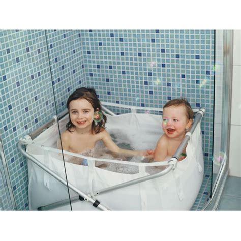 le top de la baignoire sur pieds naissance 224 1an