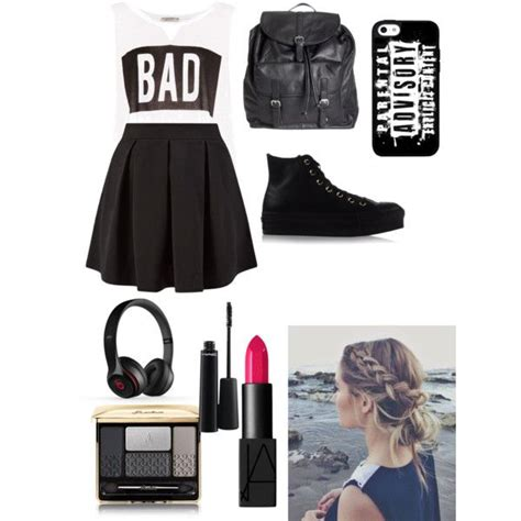 103 best Rocker chic images on Pinterest | My style Black outfits and Feminine fashion