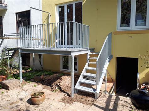 balkon mit treppe balkon mit gewendelter treppe ronald meyer metallbau stahlbau