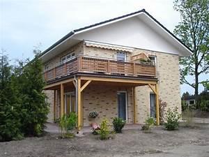 Balkon Auf Stelzen : balkone barmstedt zimmerei holzbau gmbh ~ Orissabook.com Haus und Dekorationen