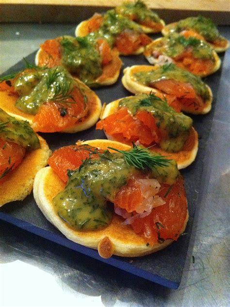 canapé saumon saumon gravlax sauce norvégienne la cuisine de micheline