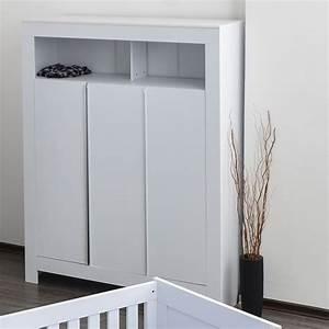 Kleiderschrank 3 Türig Weiß : kleiderschrank 3 t rig felix in reinem wei baby m bel kleiderschr nke ~ Bigdaddyawards.com Haus und Dekorationen