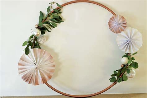 diy hula hoop reifen deko fuer advent und weihnachten