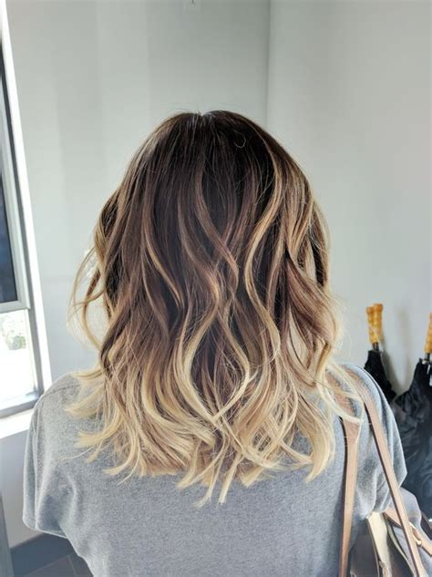 Medium Hairstyles With Highlights by 40 Hairstyles For Medium Length Hair 2019 Hair