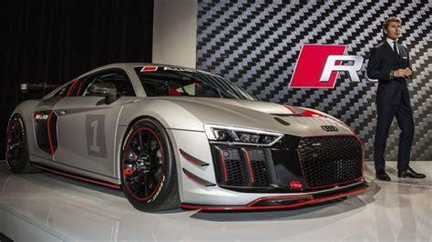 Audi R8 @ Top Speed