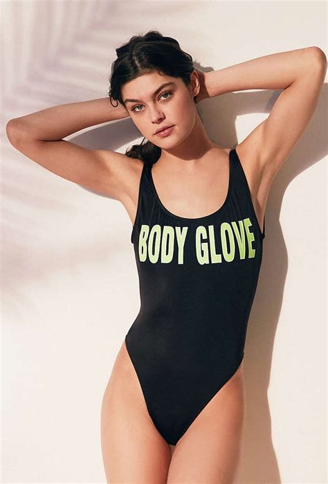top bathing suit trends    guide