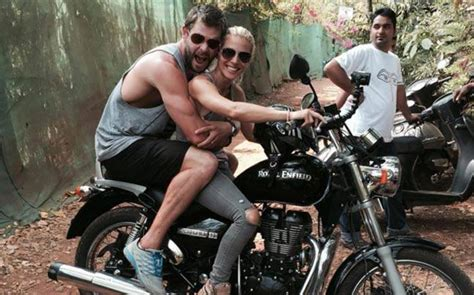 Chris Hemsworth And Elsa Pataky In India