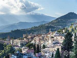 Giardini Naxos rentals in a villa for your holidays with IHA