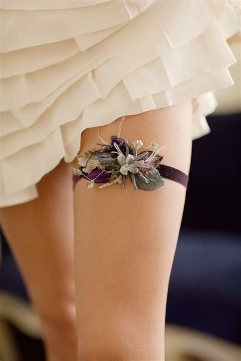 flower garter tattoos
