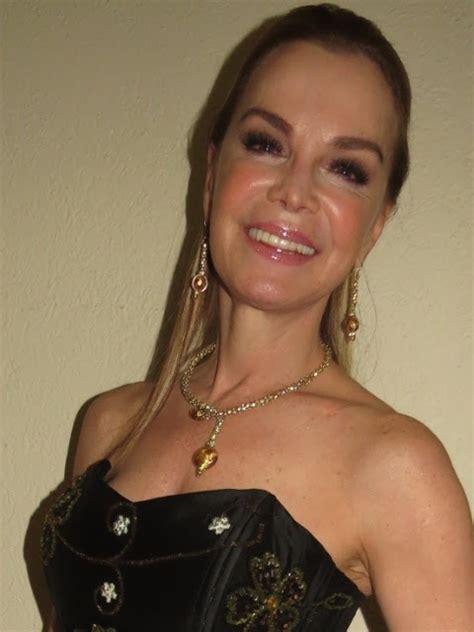 POR LA LUPA: GABRIELA GOLDSMITH DE LAS TELENOVELAS A LAS ...