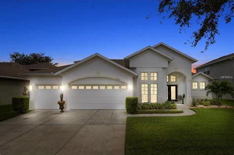 Home For Sale In Orlando by 8552 Keswick Pointe Dr Orlando Fl 32829 Realtor 174