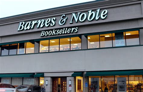 Barnes & Noble To Allow Customers To Buy Booze With Their