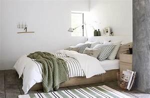 Bett Mit Kissen Dekorieren : mit tagesdecken das bett dekorieren ~ Bigdaddyawards.com Haus und Dekorationen