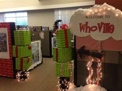 25 best ideas about office christmas decorations on pinterest christmas wall decorations
