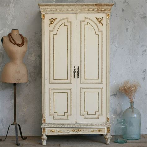 armoire vintage chambre vintage armoire warm weathered chambers