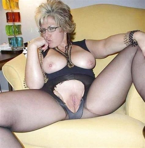 Balls Deep In That Mature Pussy A Cougar Pantyhose Shaved